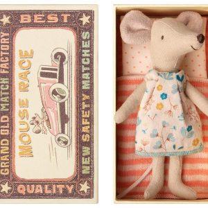 Figurines, poupées et accessoires